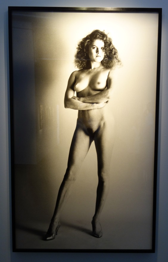 Helmut Newton. Naken kvinna.