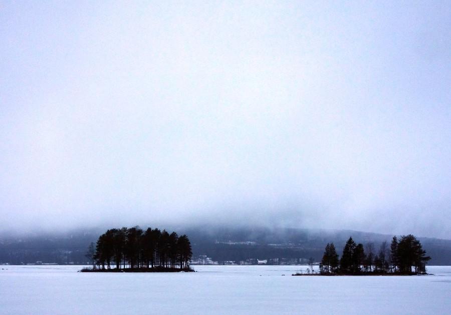 Nyårsdimma över Yttre Lernesjön. Foto Anders Ehrlemark 2013