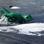 Monster i vallgraven. Göteborg.